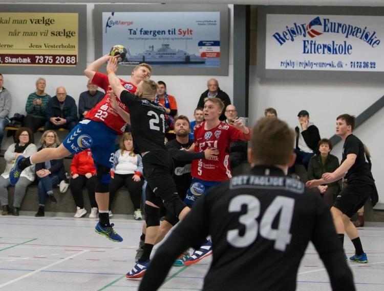 Ribe-Esbjerg besejret.