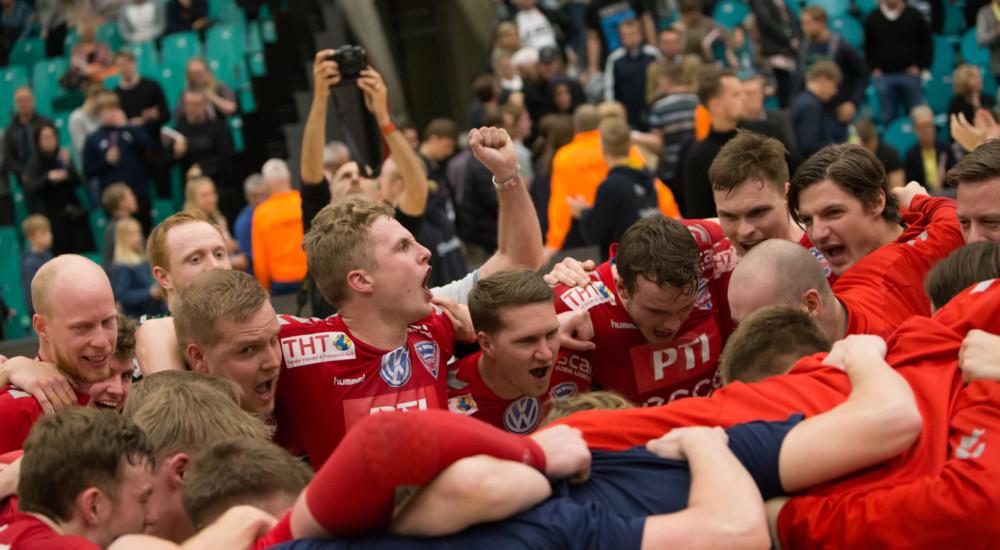 Sæsonens sidste kamp – liga eller 1. division?